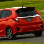 Honda Jazz - одна из самых подходящих машин для девушек