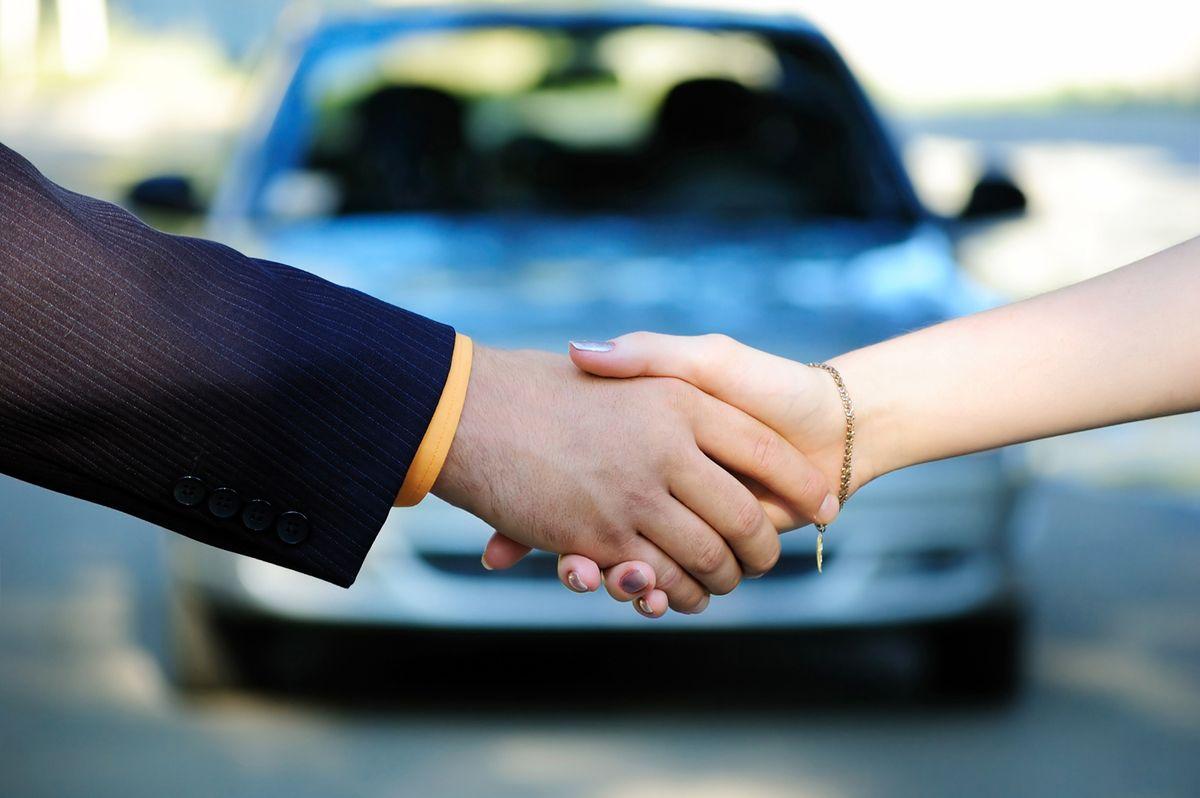 Почему не стоит покупать авто по доверенности?