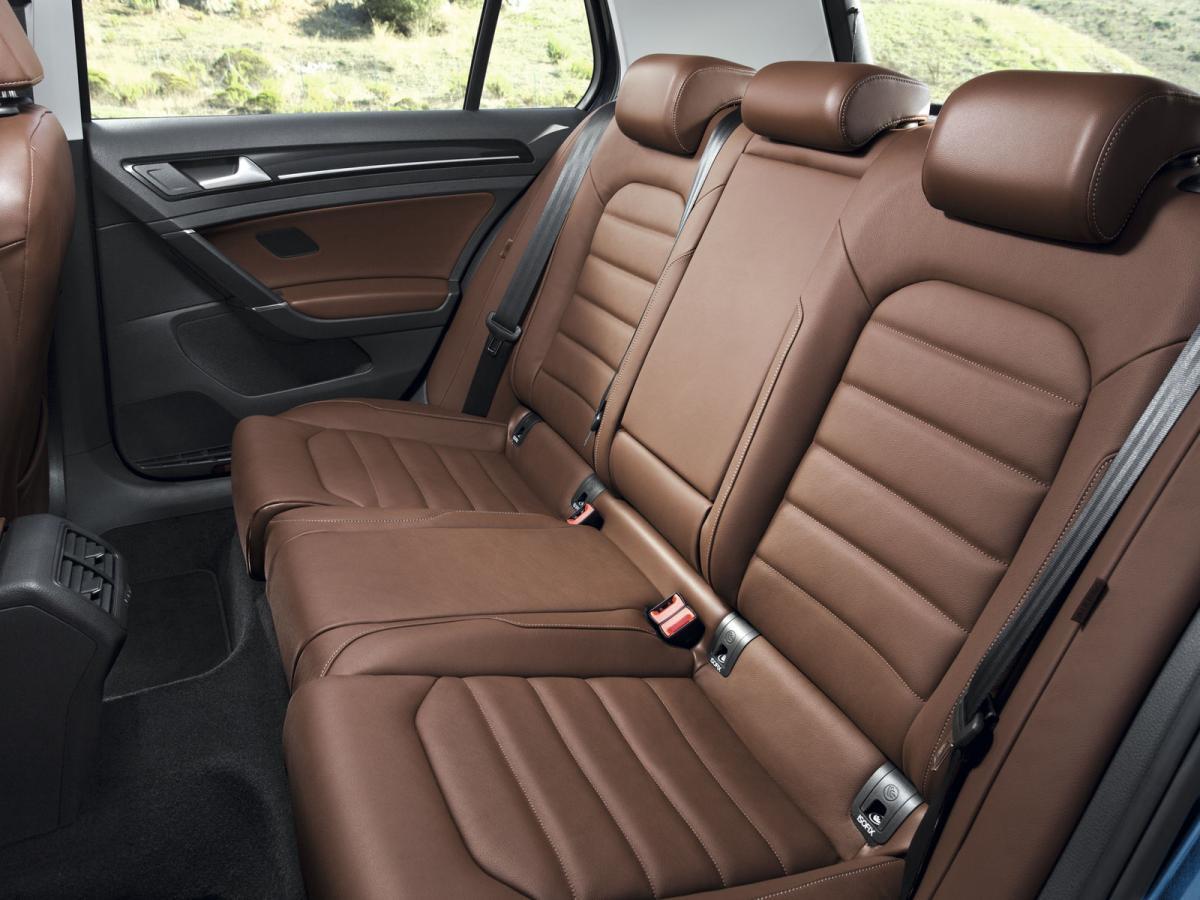 Преимущества Volkswagen Golf Variant VII